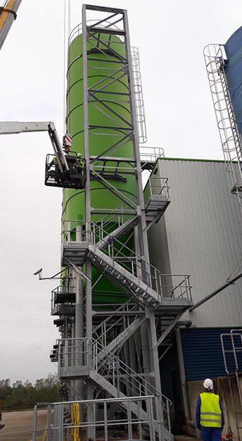 Escalier d'accès haut silo
